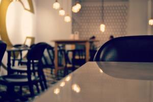 cosy-cafe-1629726-1279x853