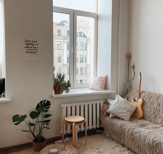 apartment-architecture-bedroom-892618
