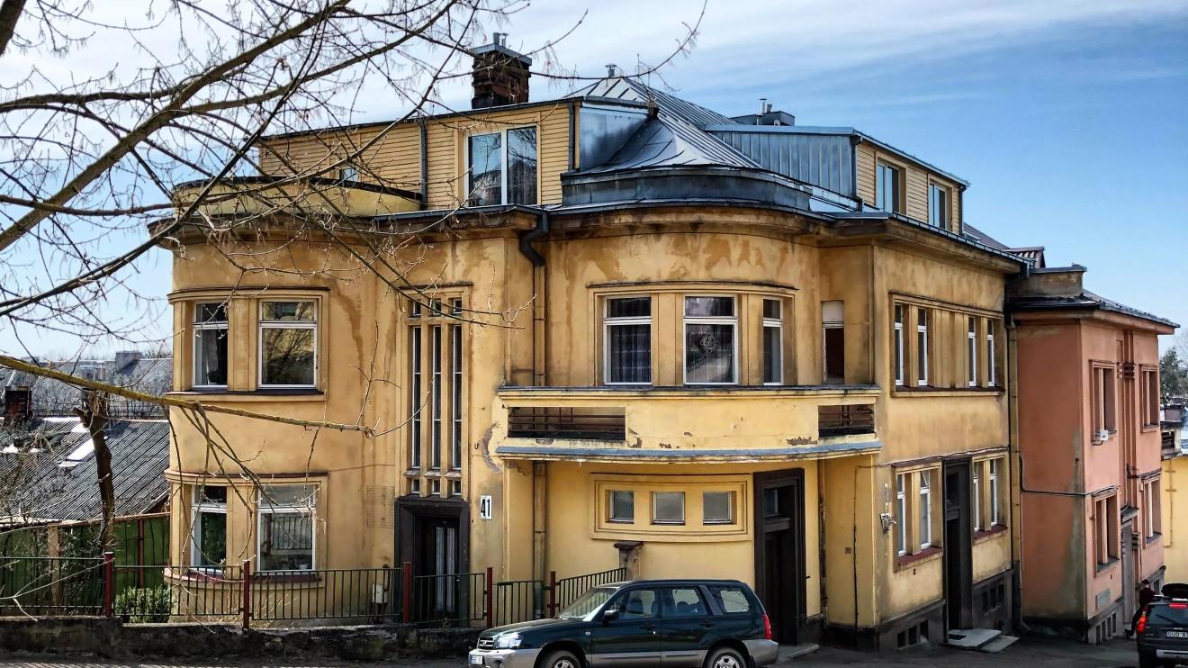 Jono Norkaičio ekonomikos departamento direktoriaus namas 1935m. Architektas: Arnas Funkas.