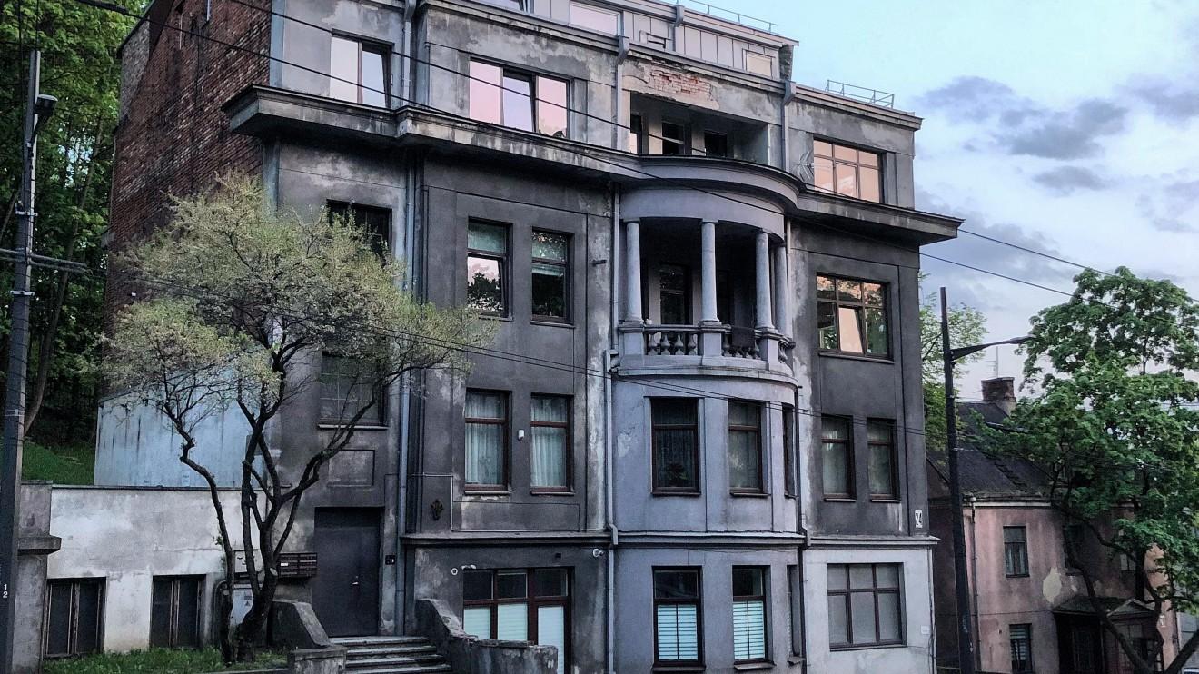 Jono Andriūno gyvenamasis namas,  1930 m. Architektas: Jonas Andriunas.