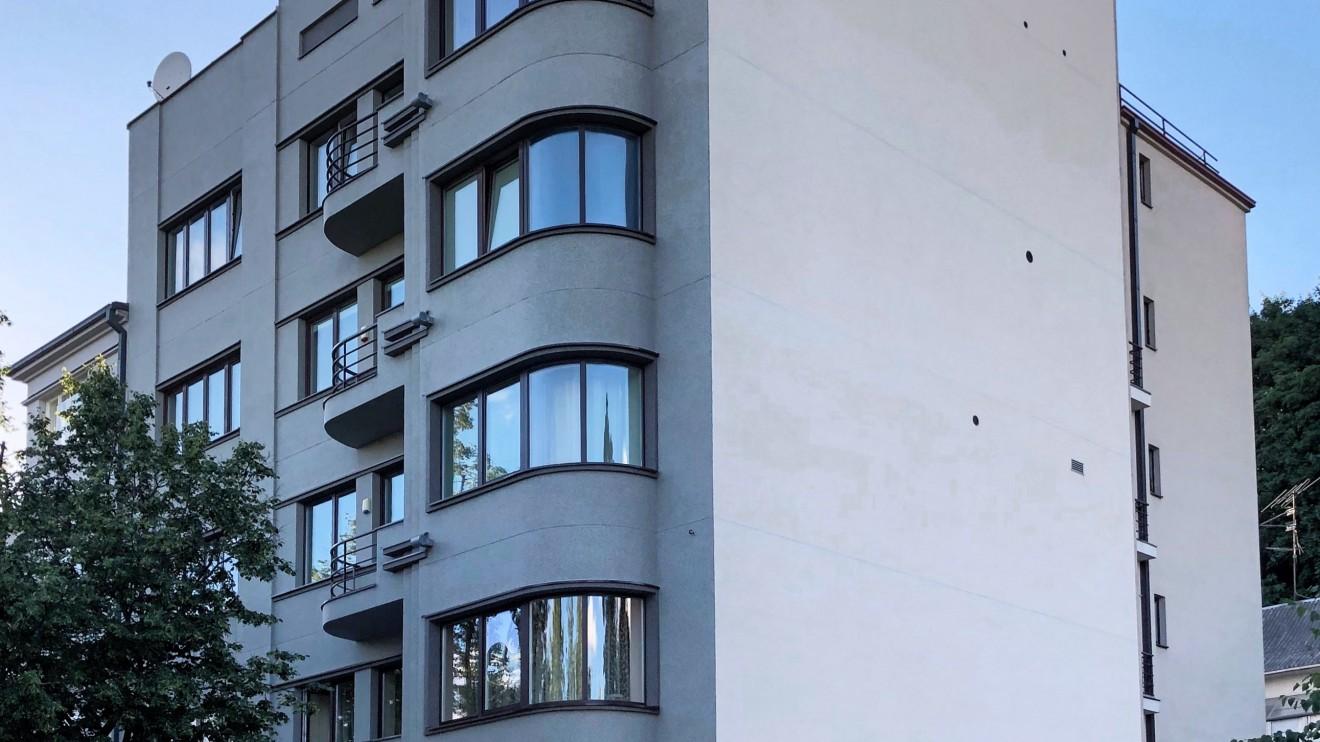 Kazimiero Škėmos daugiabutis namas Putvinskio g. 60 1933 m. Architektas: Bronius Elsbergas.