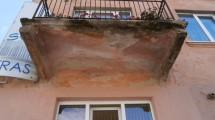 Prasta balkonų būklė kelia pavojų žmonių saugumui ir net gyvybei.